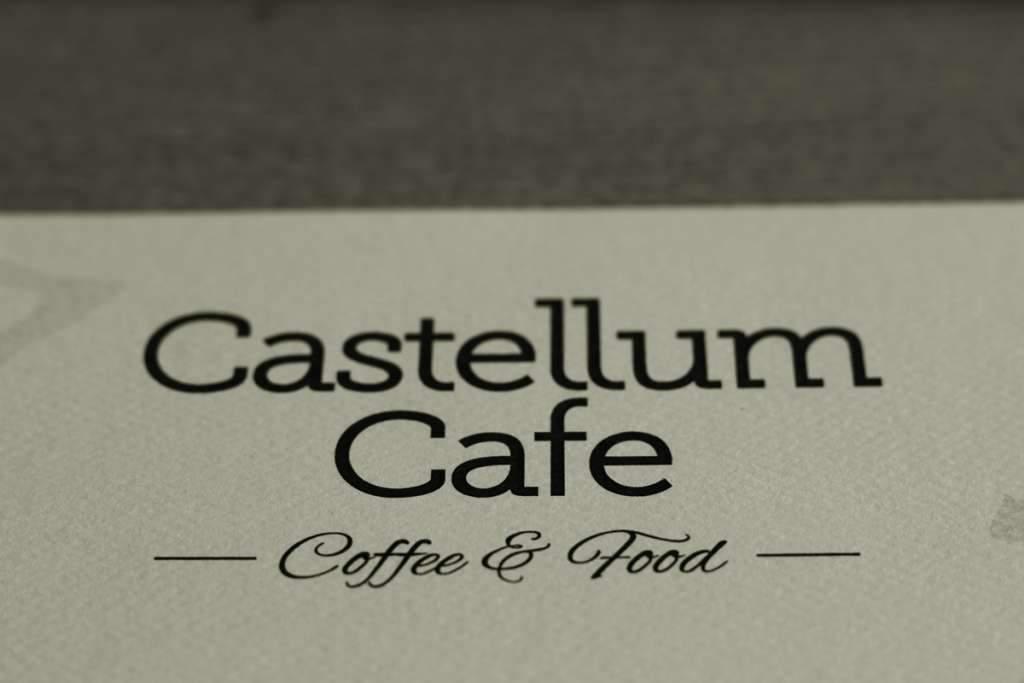 Castellum Cafe mojimi očami